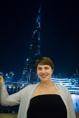Kelly posing with the Burj after the fountains quieted down.